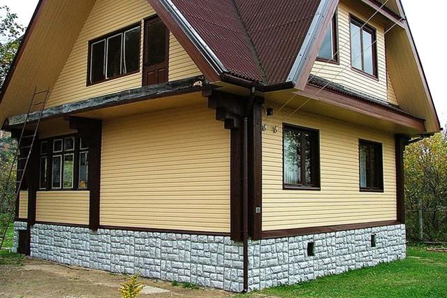 облицовка фасада деревянного дома сайдингом
