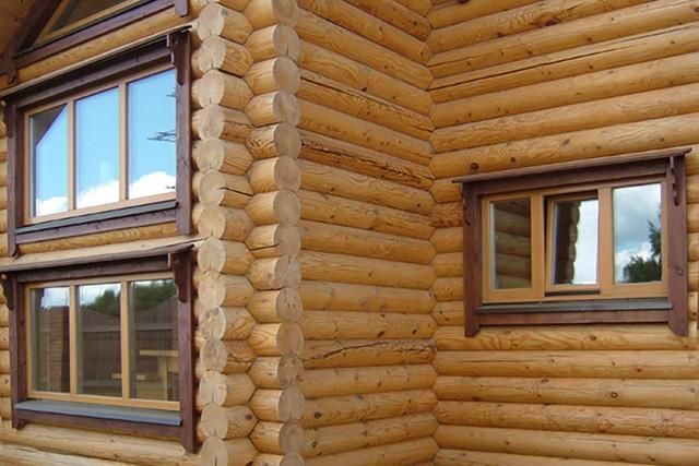 современные окна в загородном доме