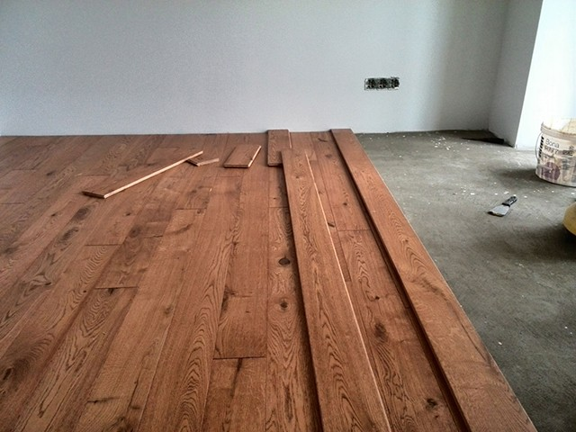 массивные доски для покрытия бетонного пола
